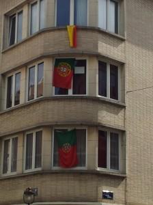 Drapeaux portugais et espagnol