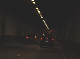«Leopold2tunnel» par Kvdh — Travail personnel. Sous licence CC BY-SA 3.0 via Wikimedia Commons - http://commons.wikimedia.org/wiki/File:Leopold2tunnel.jpg#mediaviewer/File:Leopold2tunnel.jpg